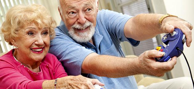 abuelos-gamers-cerebro.png