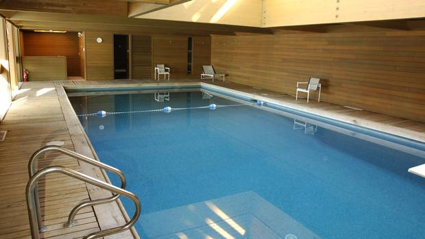 a1-pool05nw1.jpg